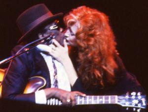 Bonnie Raitt&JLHooker (72)